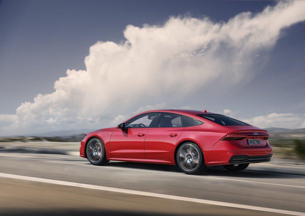 全新Audi A7 Sportback 55 TFSI e quattro使用純...