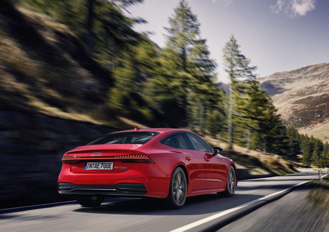 全新Audi A7 Sportback 55 TFSI e quattro。 摘...