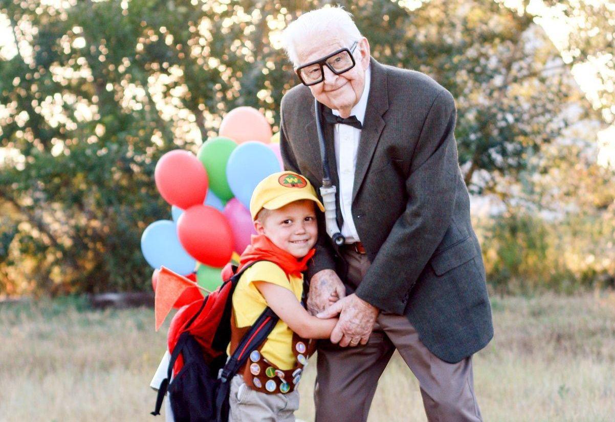大批網民力讚Elijah與曾祖父母的表情非常可愛。圖取自/臉書_Rachel P...