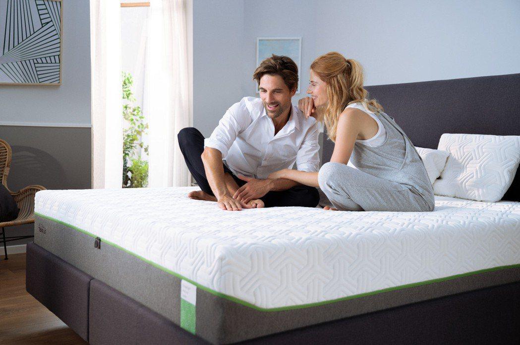 享受最新專利技術,提供消費者擁有前所未有的輕鬆愜意,體驗無重力的全新睡眠感受。T...