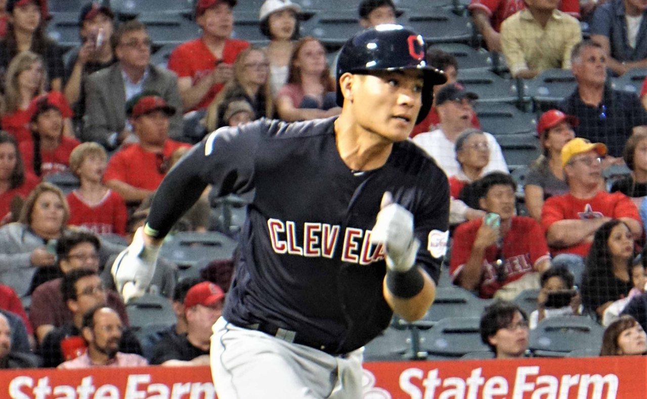 效力美國職棒克里夫蘭印地安人隊的台灣好手張育成。圖/中央社