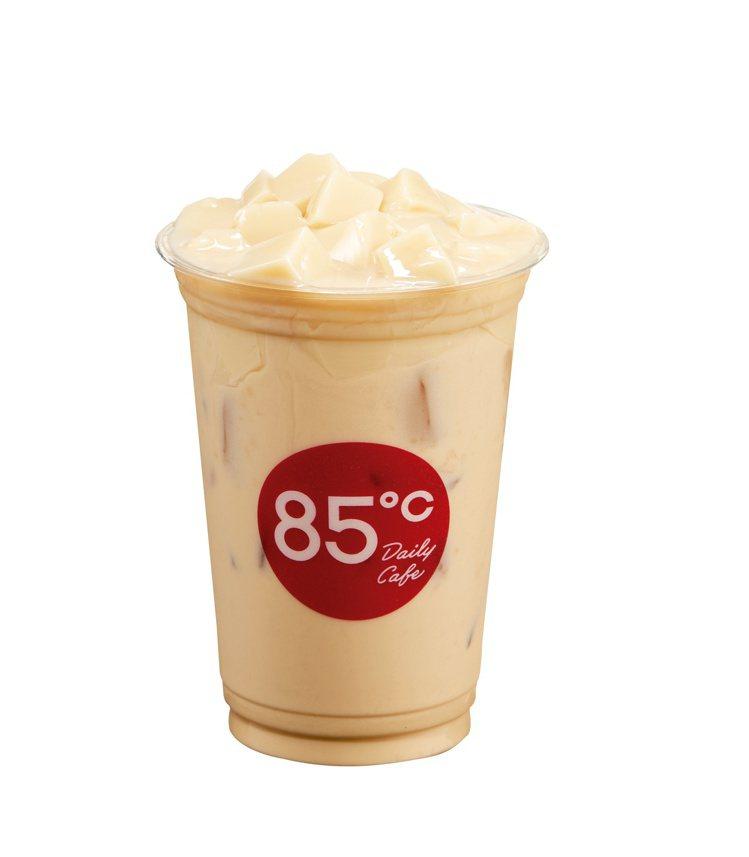豆花奶茶。圖/85℃提供※本產品含有花生、牛奶,不適合對其過敏體質者食用