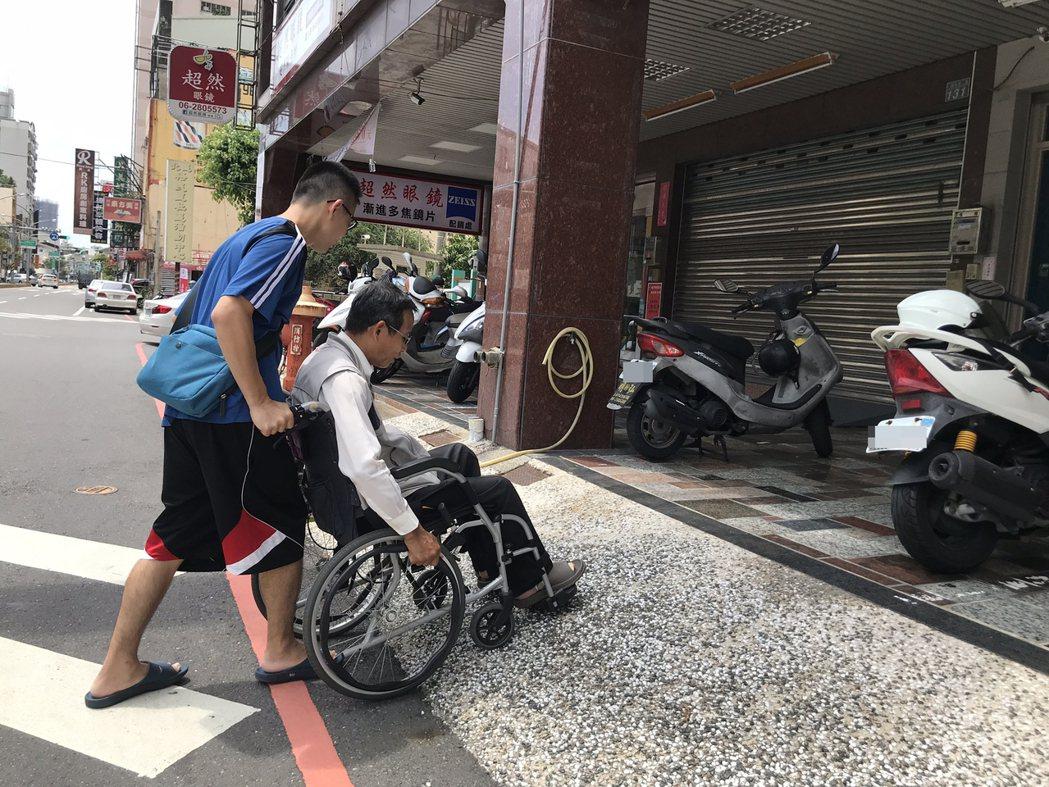 對身障者的就醫便利性,國健署將推動友善診所計畫,擬年底試辦。本報資料照片
