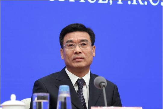 北京市常務副市長林克慶形容,北京將進入航空交通雙樞紐時代。(中共國新辦網)