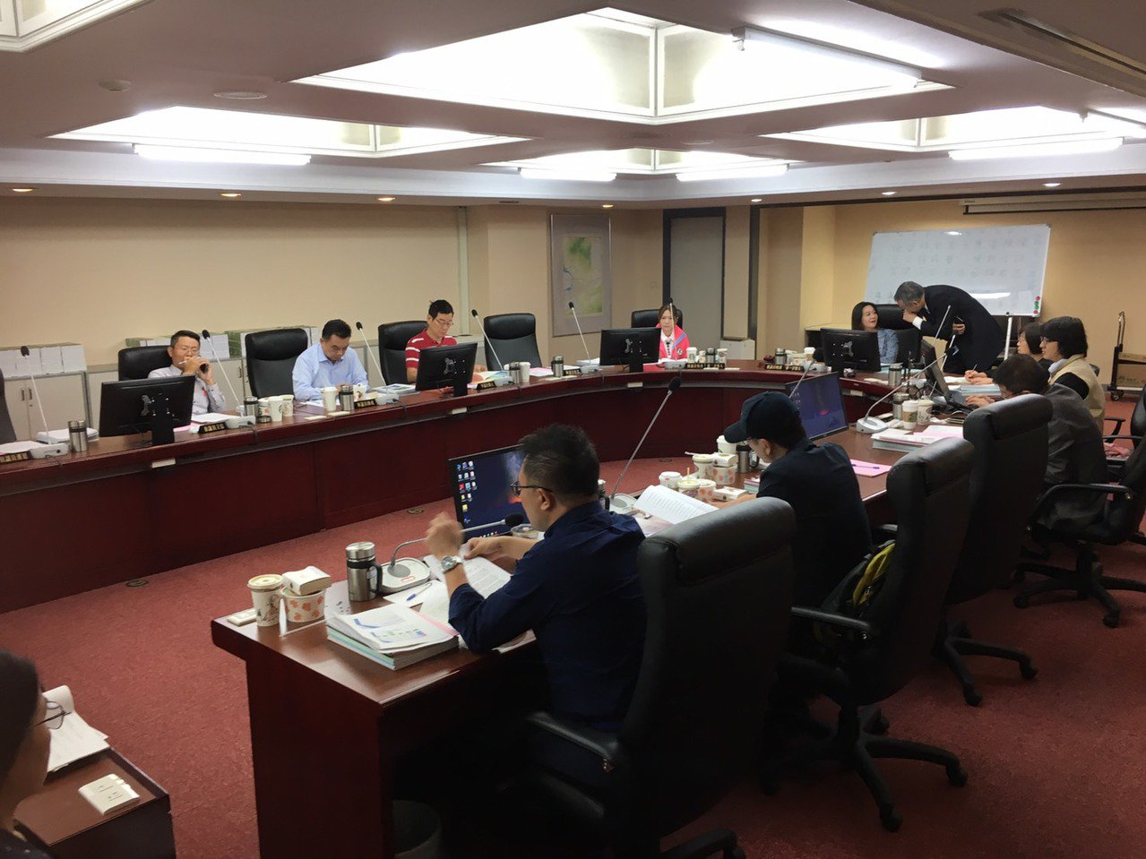 台北市議會民政委員會上午聽取市府民政業務單位工作報告。記者楊正海/攝影