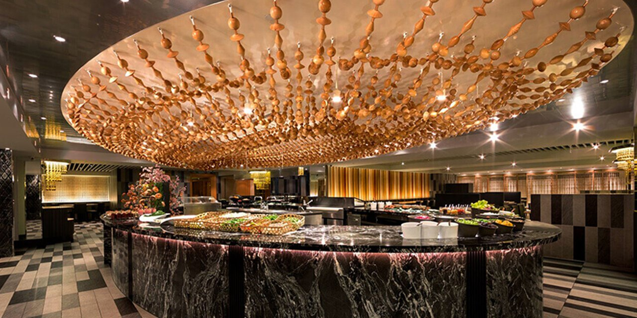 台北西華飯店自助餐廳B-One改為只供應早餐,取消午晚餐服務。圖/摘自官網