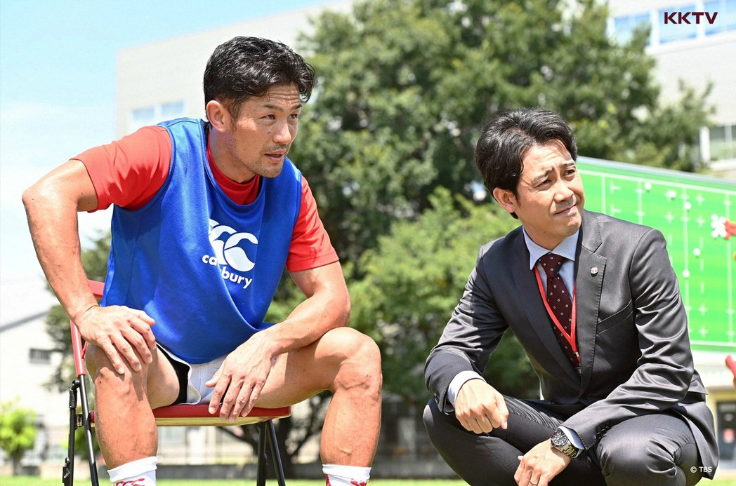日劇「NO SIDE一起逆轉吧」大泉洋與廣瀨俊朗是球隊兩大靈魂人物。圖/KKTV