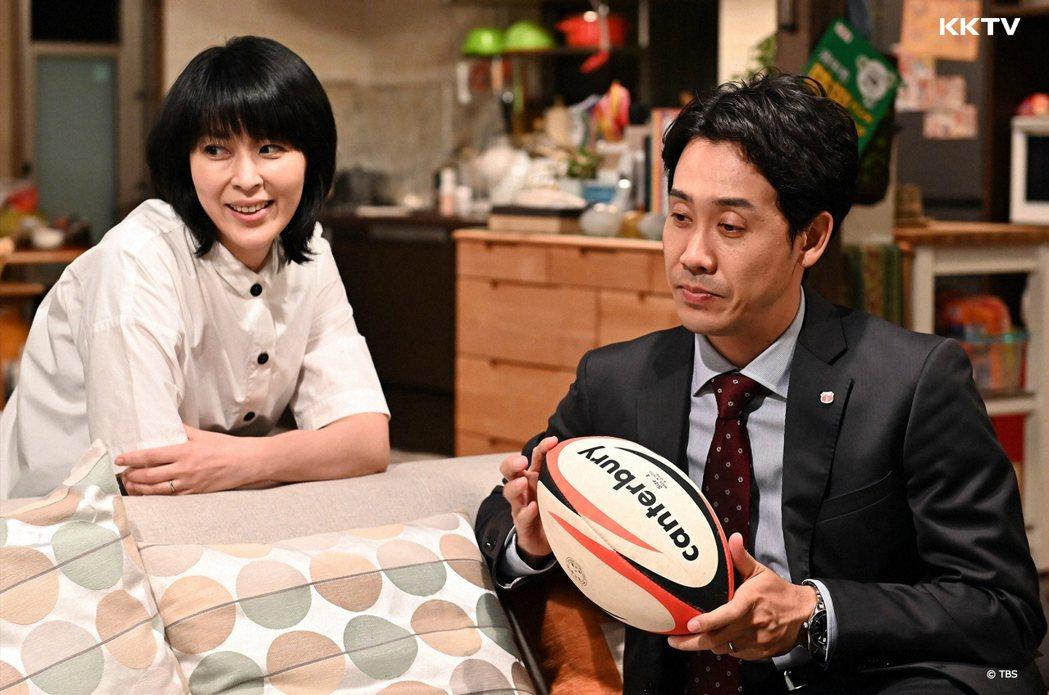 日劇「NO SIDE一起逆轉吧」大泉洋與松隆子的夫婦相處情節是一大看點。圖/KK...