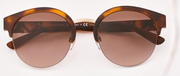 誠品生活信義店獨家,I Look BURBERRY太陽眼鏡原價9,800元,特價...