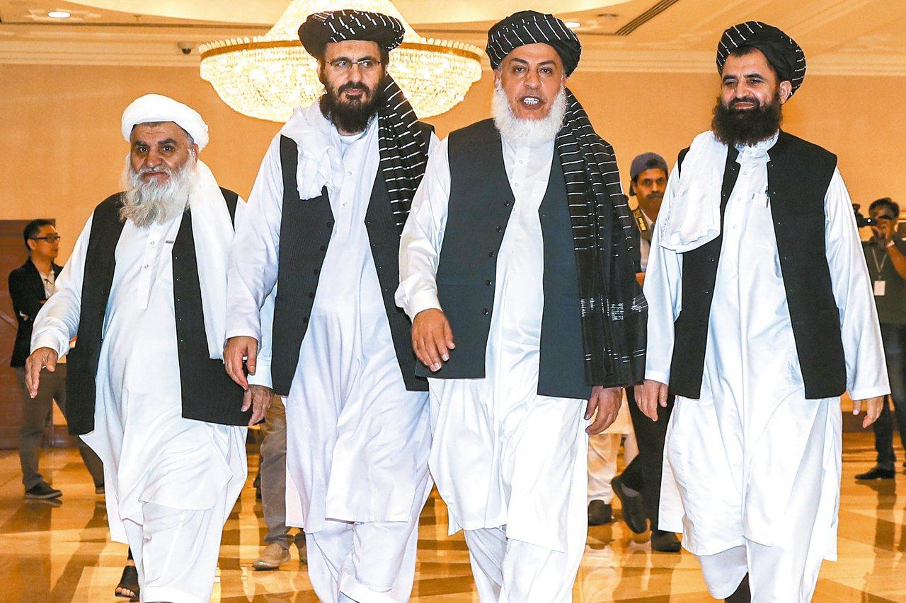 阿富汗神學士組織七月八日在卡達首都多哈,與阿富汗政府代表討論如何結束阿富汗戰爭。...
