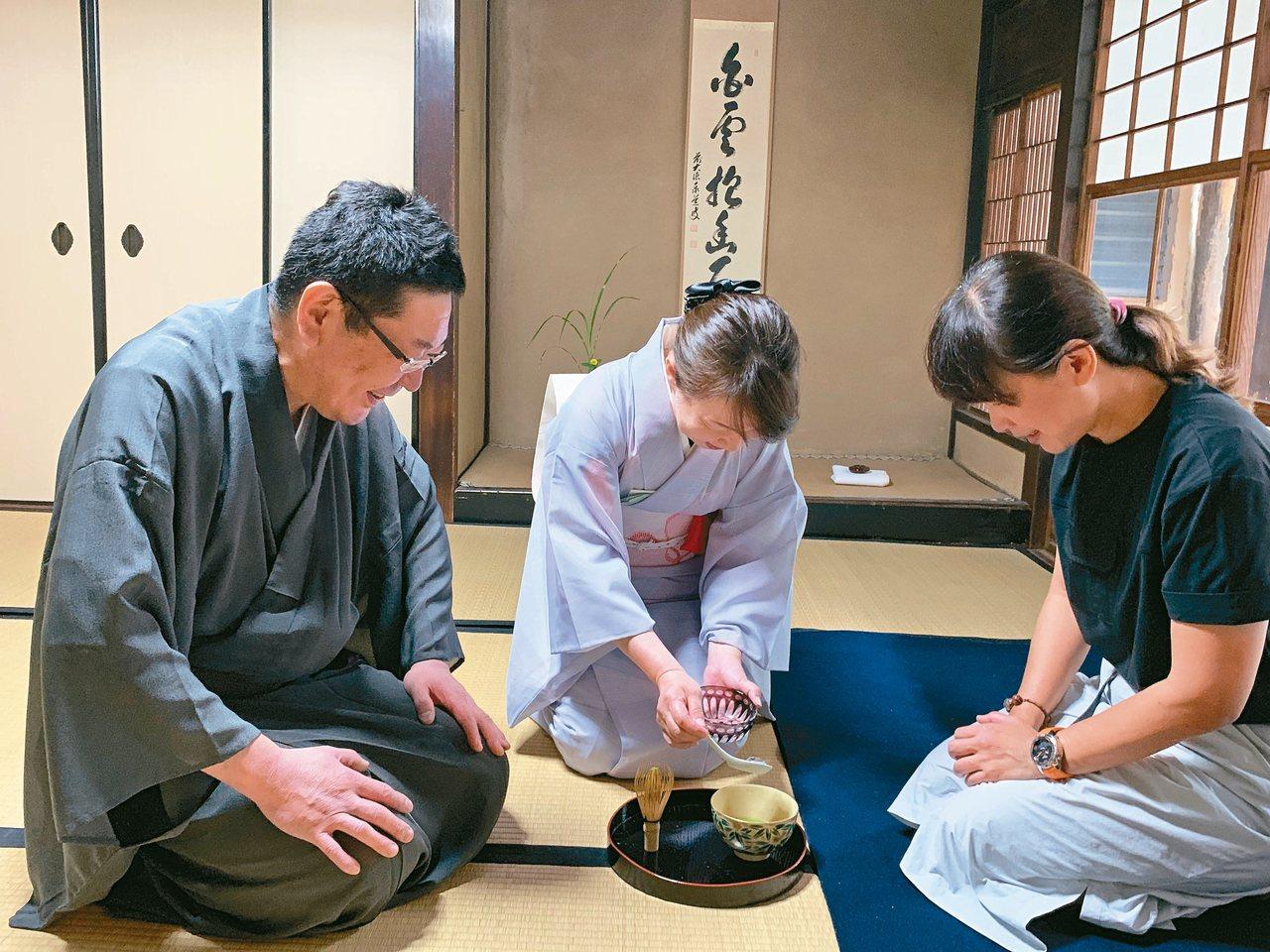 到日本政府列冊保存的歷史建築中學習日本傳統茶道,是ENSO ANGO客人的文青活...