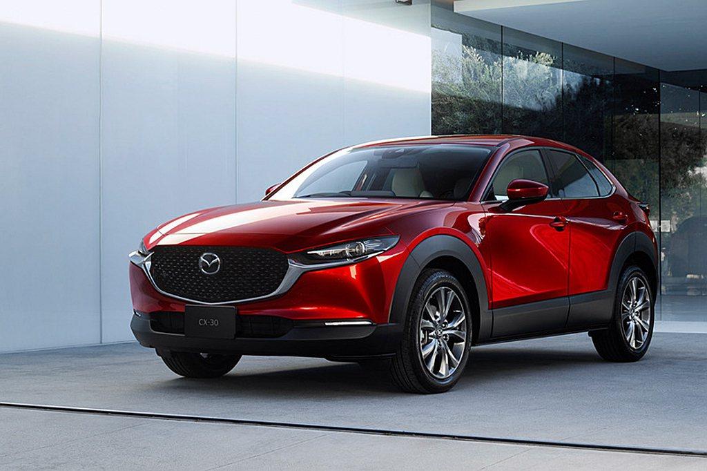 Mazda全球新戰略休旅車CX-30,日本當地開始展開預售作業。 圖/Mazda...