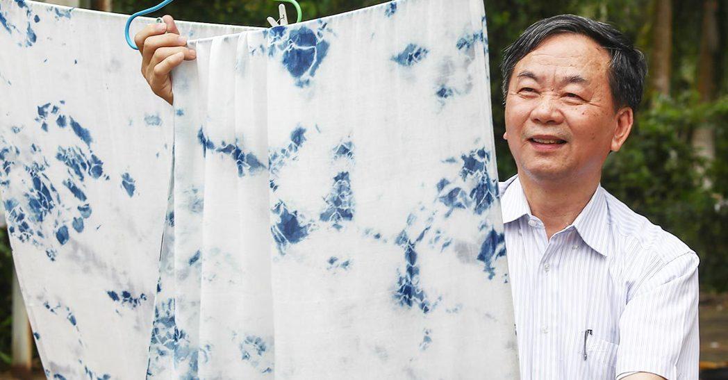 葉晉玉找來專業設計團隊,打造「太平藍」品牌,將社區工藝商品化,設計出讓外國人驚豔...