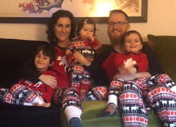 英國36歲爸爸卡特莫爾(Adam Cattermole)有個幸福的家庭,但201...