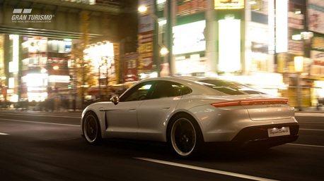 試駕Porsche Taycan並不困難!10月就能圓夢