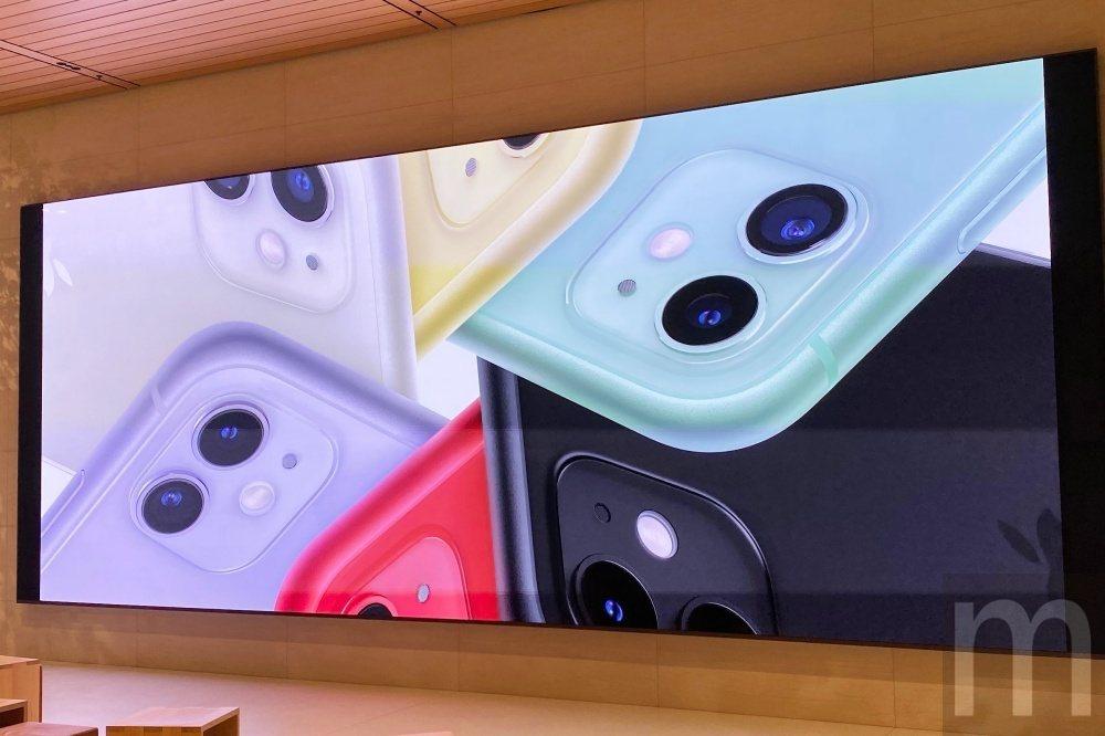 此次推出的iPhone 11提供多彩配色選項