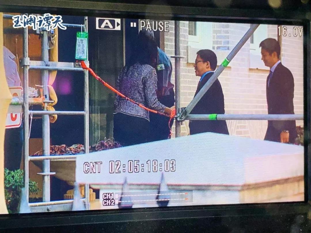 大陸財政部副部長廖岷美東時間19日上午8時45分左右,進入美國貿易代表辦公室附樓...