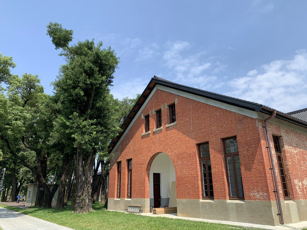 台南山上花園水道博物館整修完成,國慶日連假開幕,建築是參觀的亮點。記者吳淑玲/攝...