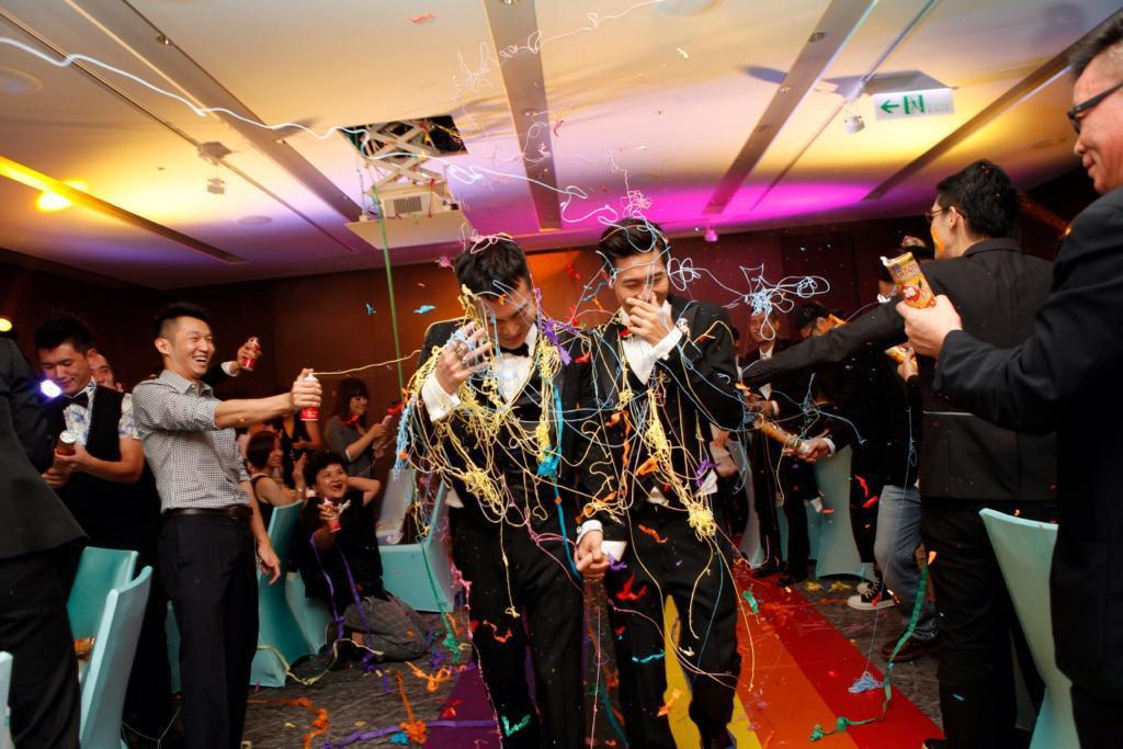 王牌經紀人蔣承縉40歲時與同性伴侶小光舉行婚禮。圖/愛最大慈善光協會