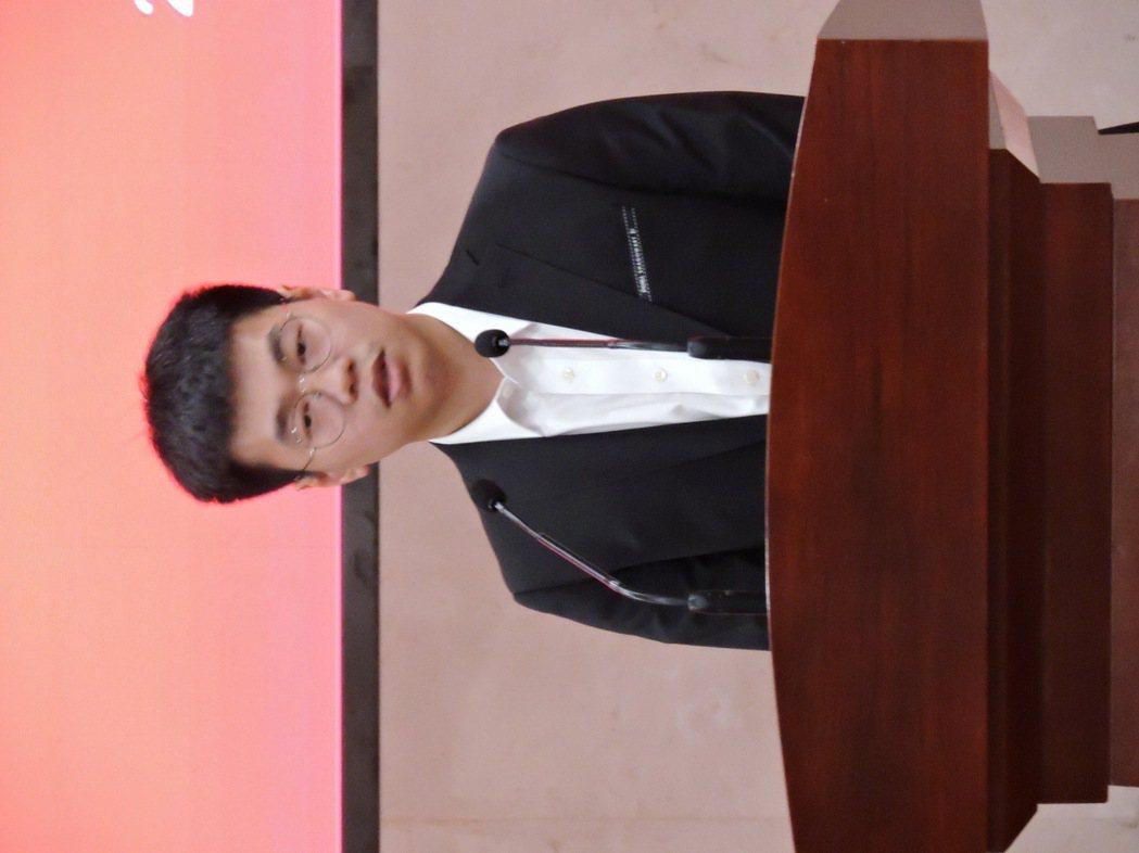 大賣客科技網絡獲得「溫州市台灣青年創業就業實習基地」,大賣客科技網絡公司CEO李...