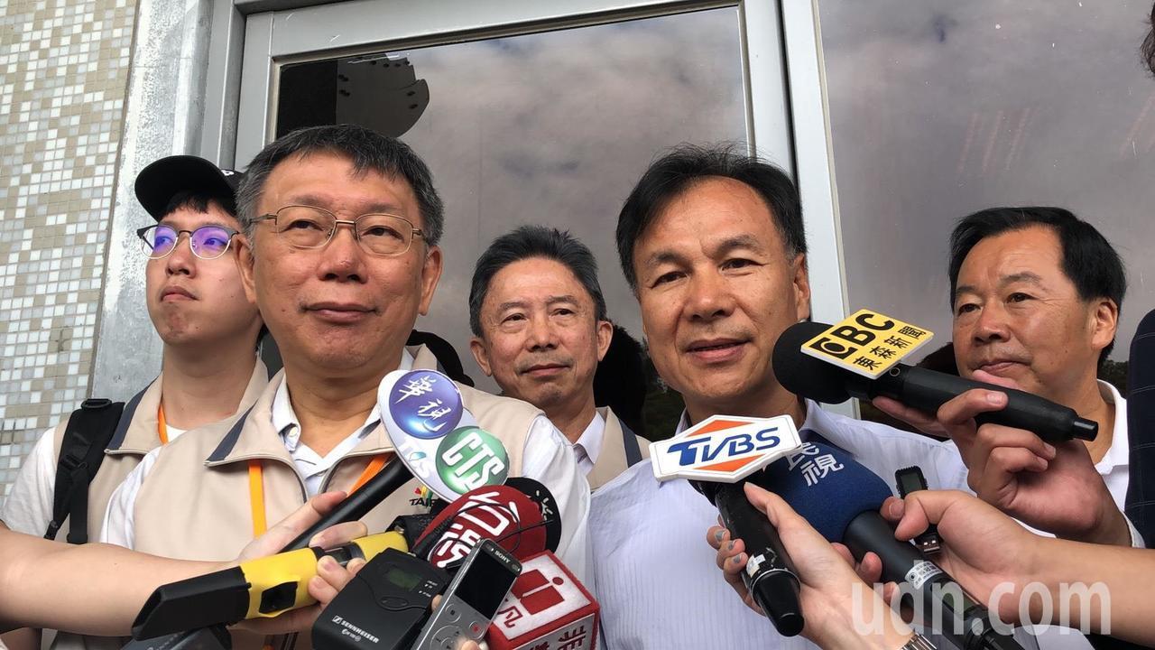 台北市長柯文哲今到馬祖進行市政交流。記者邱瓊玉/攝影