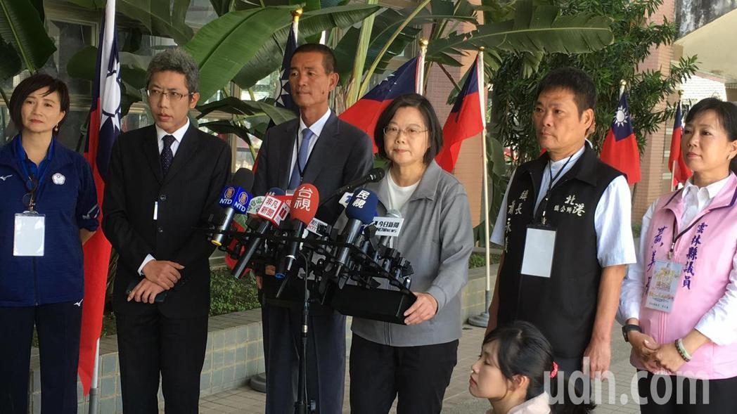 總統蔡英文今天在雲林出席活動受訪時表示,中國對台灣的打壓不會中斷,這幾年中國對台...