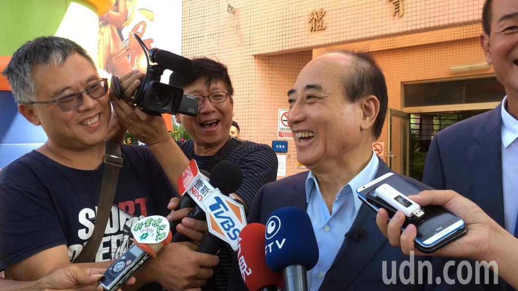 前立法院長王金平表示,他與郭董有默契,「他參選我支持、我參選他支持」。記者陳雅玲...