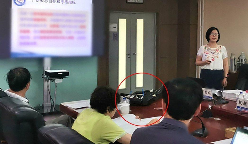 香港《南華早報》報導,中國軍方與執法機關已聯手開發出全世界第一具手提式鎮暴用音波...