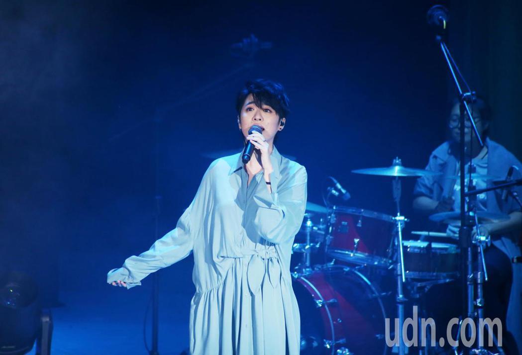 岑寧兒巡迴最終場移師台北TICC國際會議中心,帶來新舊歌曲,首次在專場演唱會上演
