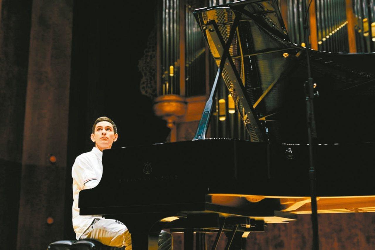 鋼琴家希斯金。 圖/尼可樂提供