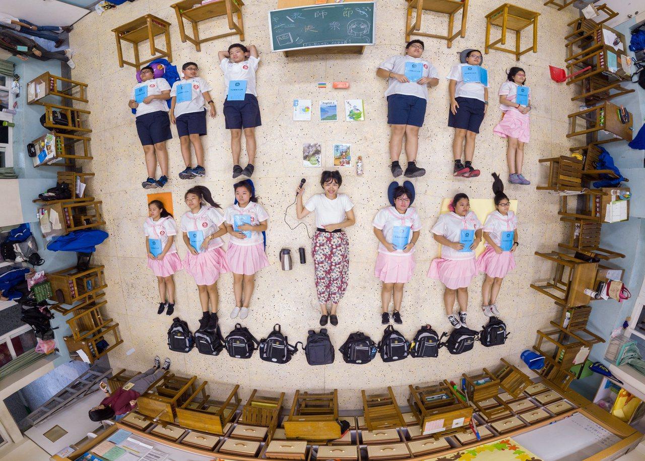 教育部邀請桃園市青埔國中、台北市萬華國中、台北市景興國中師生協助拍攝一系列課程開...
