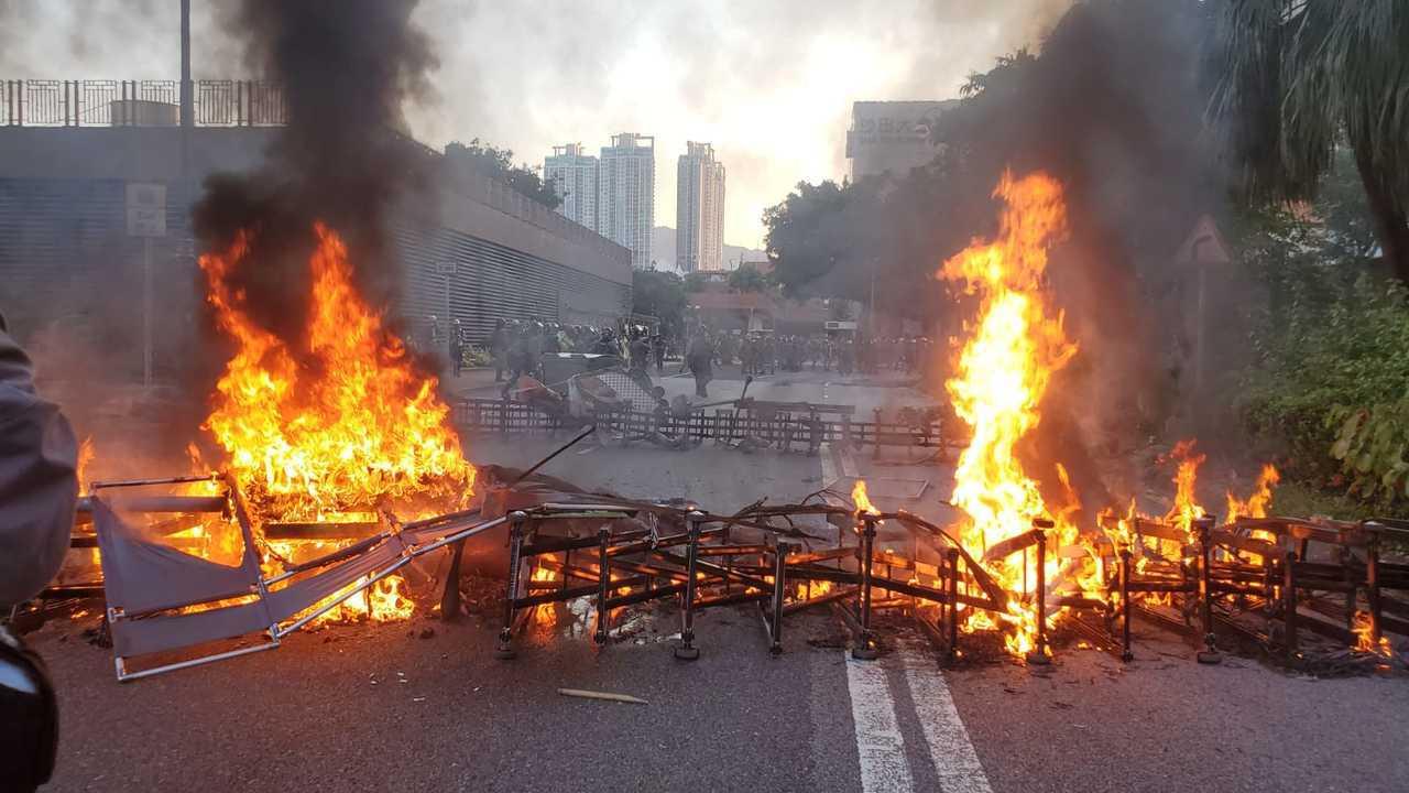 反送中示威者沙田縱火。取自星島網