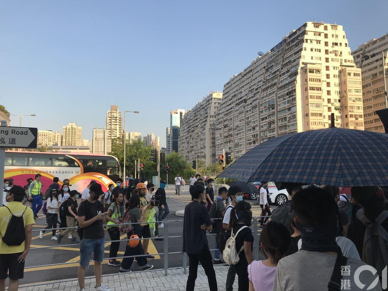 反送中示威者發起「全港性交通交通系統評估」。圖/取自香港01