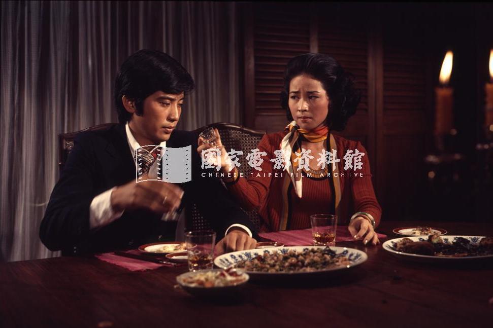 高皓天(左)這個角色自電影進行五分之一後,就淪為情節工具。 圖/國家電影資料館