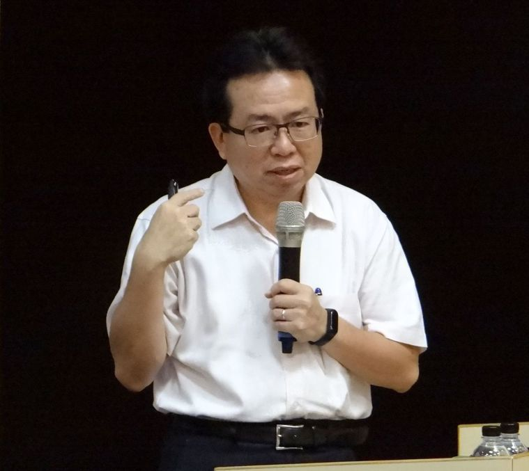 台南活水聯合診所神經科主治醫師柯登耀。圖/奇美醫院提供
