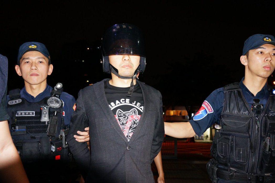 直播主連千毅被檢察官聲押。 聯合報記者林伯驊/攝影