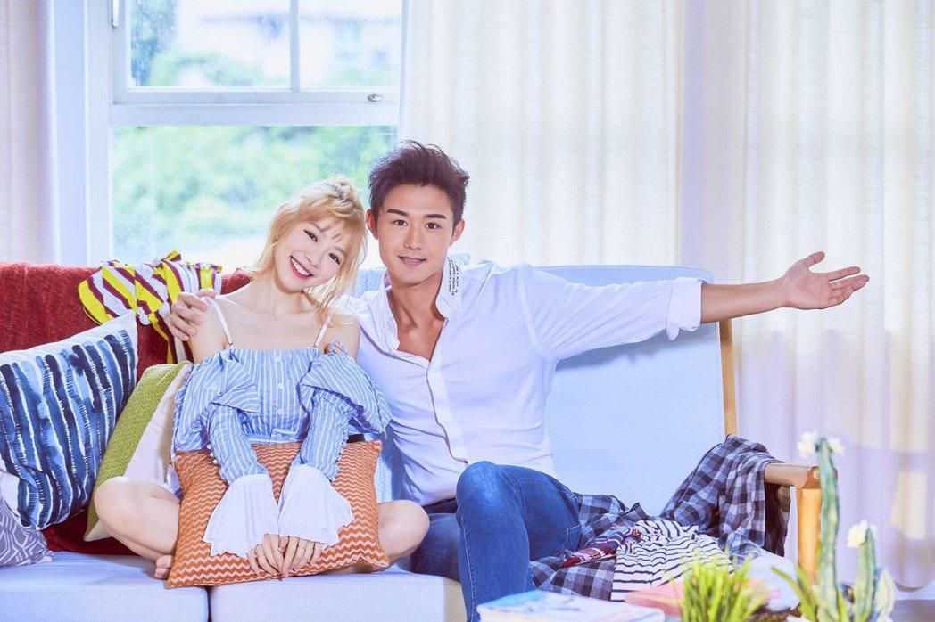 林明禎(左)和滝村剛合拍新歌「勾勾纏」MV。圖/種子提供