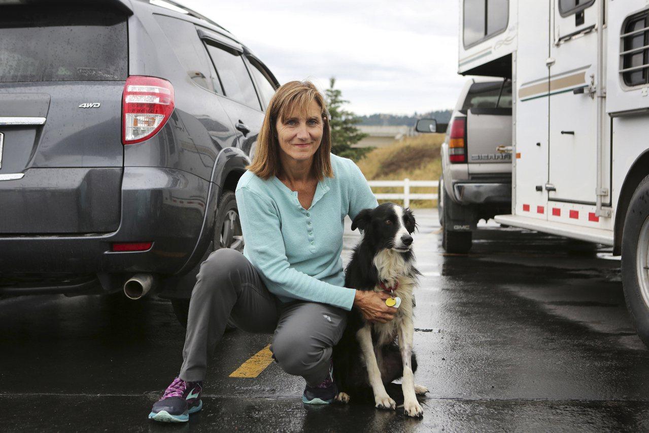 金恩太太和丈夫花了57天,終於找回愛犬「凱蒂」。美聯社