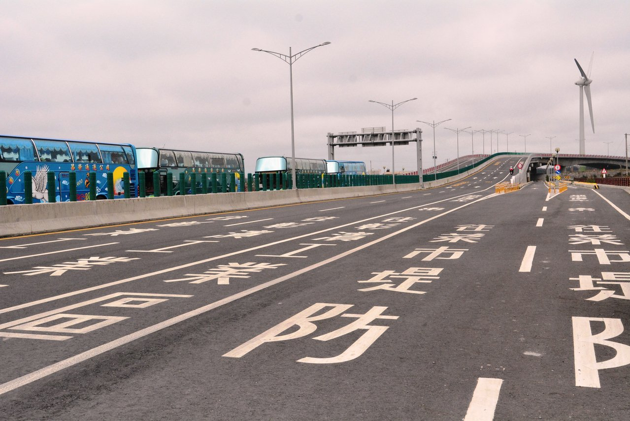 台61線西演快速公路彰化縣路段即將全線通車。記者何烱榮/攝影