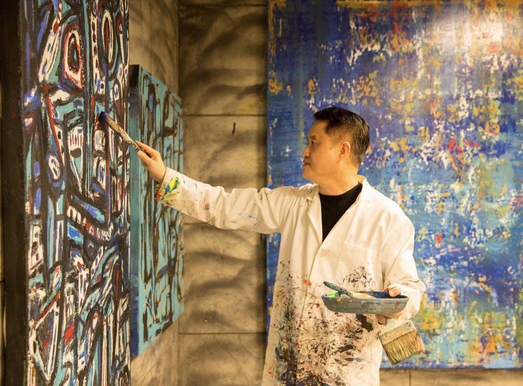 今年黃騰輝特別邀請鄭愁予、楊風等13位當代著名詩人以詩畫共同創作2020藝術年曆...