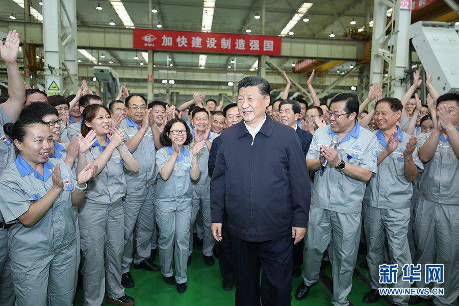 大陸國家主席習近平視察河南的鄭煤機,特別指示一定要把製造業及實體經濟搞上去。 圖...