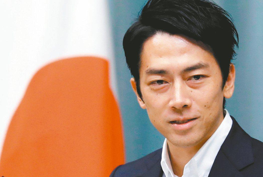 日本新任環境大臣小泉進次郎誓言動員年輕人讓日本從依賴煤炭走向低碳國家。 (路透)