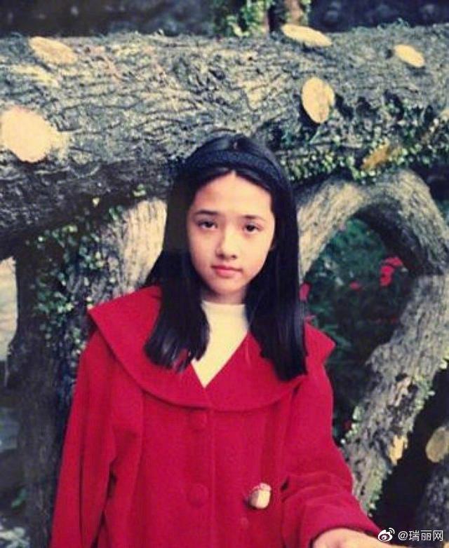 郭碧婷的童年照。 圖/擷自微博