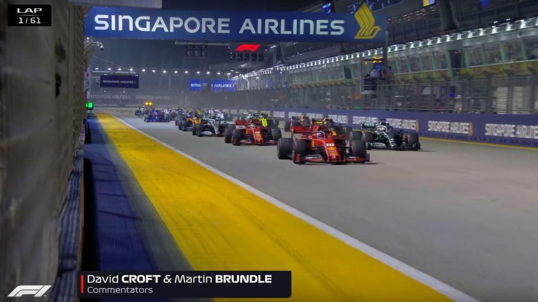 Leclerc在新加坡站從竿位起跑。 摘自F1