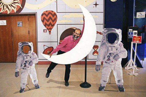 從奔月到飛向宇宙,印度如今在競爭激烈的太空爭霸戰中,可說已佔有一席之地。示意圖。...