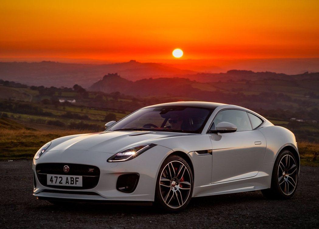 Jaguar F-Type。 摘自Jaguar