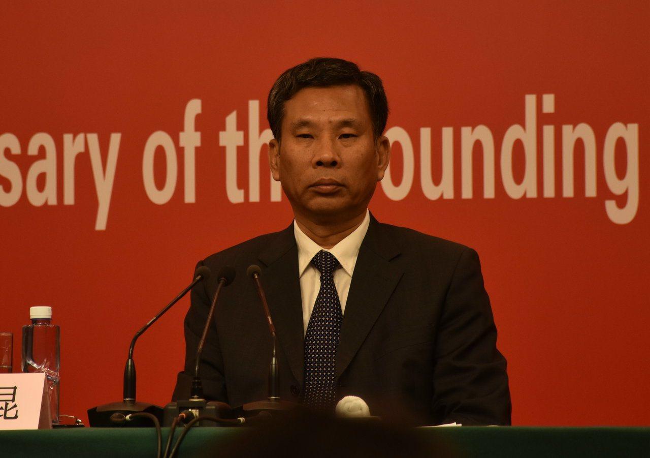 大陸財政部長劉昆談大陸減稅降費政策是七十年來僅見。特派記者陳言喬/攝影