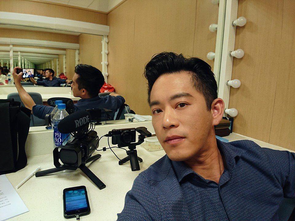 韓宜邦是個工作狂,私下還會鑽研剪輯技術。圖/艾迪昇傳播提供