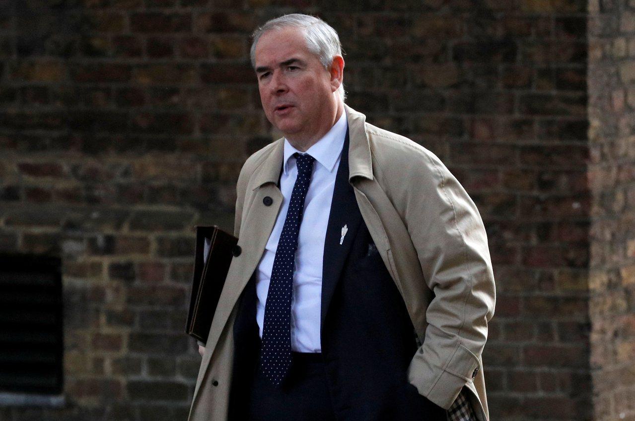 英國檢察總長考克斯。路透
