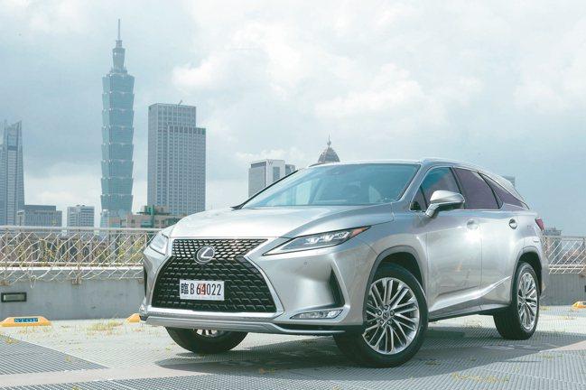 LEXUS總代理和泰汽車推出當家豪華休旅RX的小改款車型。 記者陳立凱/攝影